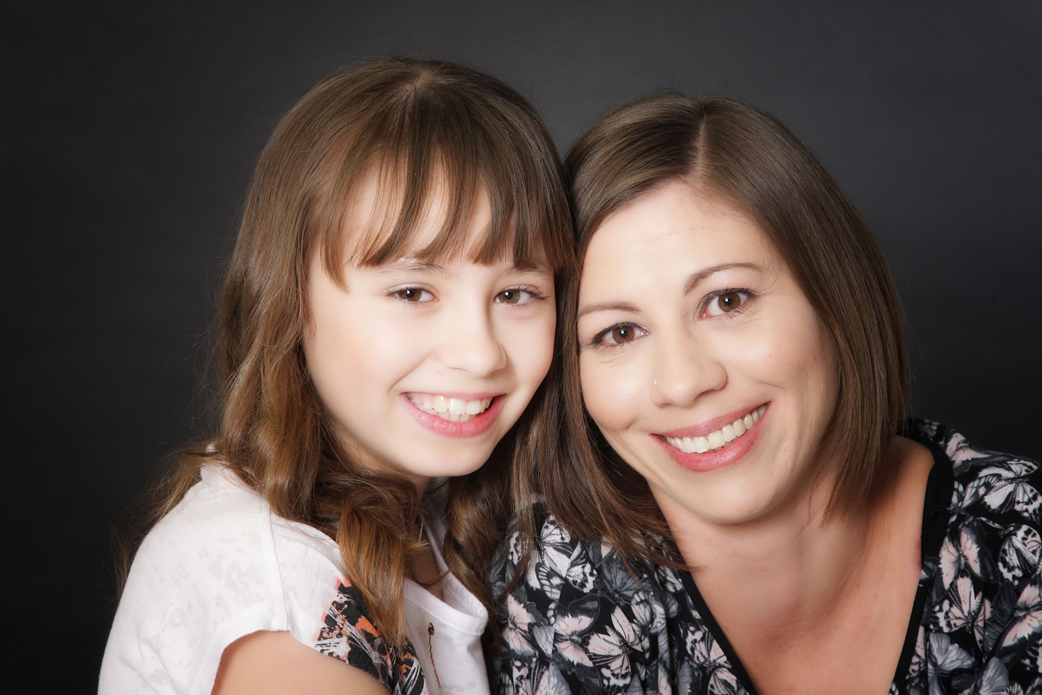 Mother and step daughters 6